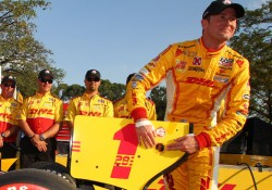05-04-Hunter-Reay-Wins-Verizon-P1-Award-For-Brazil-Std