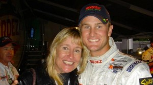 fl-hunter-reay-donation